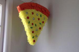 Pizza piñata