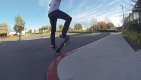 Ollie a Curb