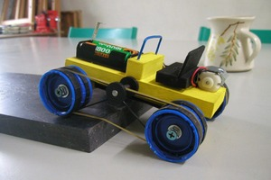 DIY 4WD Wooden Car