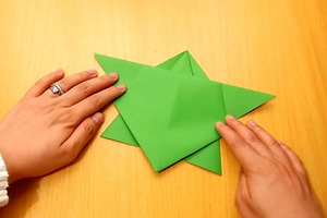 How to Fold an Oragami Jumping Frog