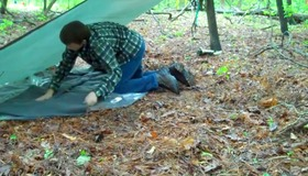 How To Set Up a Shelter in the Wild