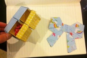 Origami: bow + box