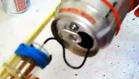 Soda Can Van de Graaff Generator