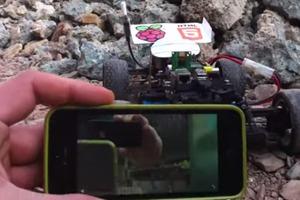 Raspberry Pi iPhone WiFi radio controlled car