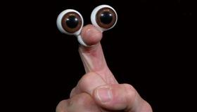 Peeper Puppet