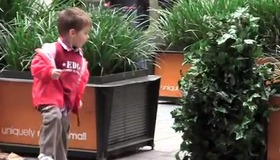 Bushman Scares People in the Mall