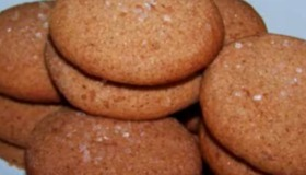Easy Gluten Free - Gingerbread Honey Spice Cookie Recipe