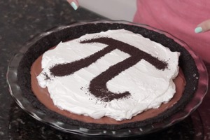 Chocolate Oreo Mousse Pi Pie