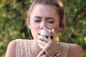 """Jolene"" - Miley Cyrus"
