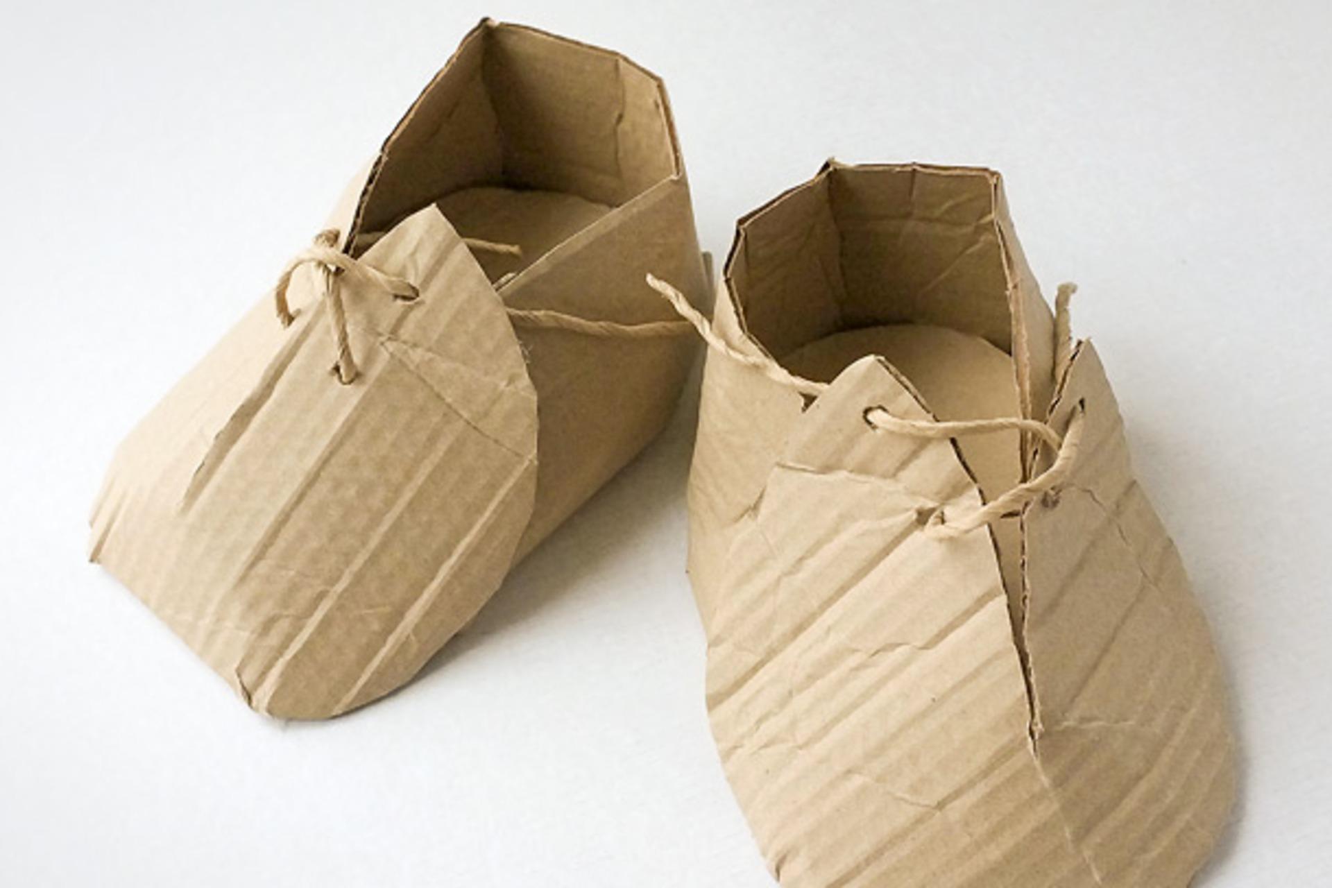 Make Clothing from Cardboard - DIY
