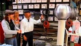 Mythbusters Van de Graaff Generator