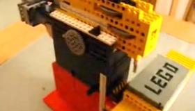 LEGO CNC Mill