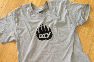 Screen Printing T-shirts for DIY Club