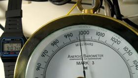 Barometer Timelapse