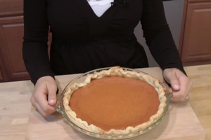 How to Make Homemade Pumpkin Pie from Scratch